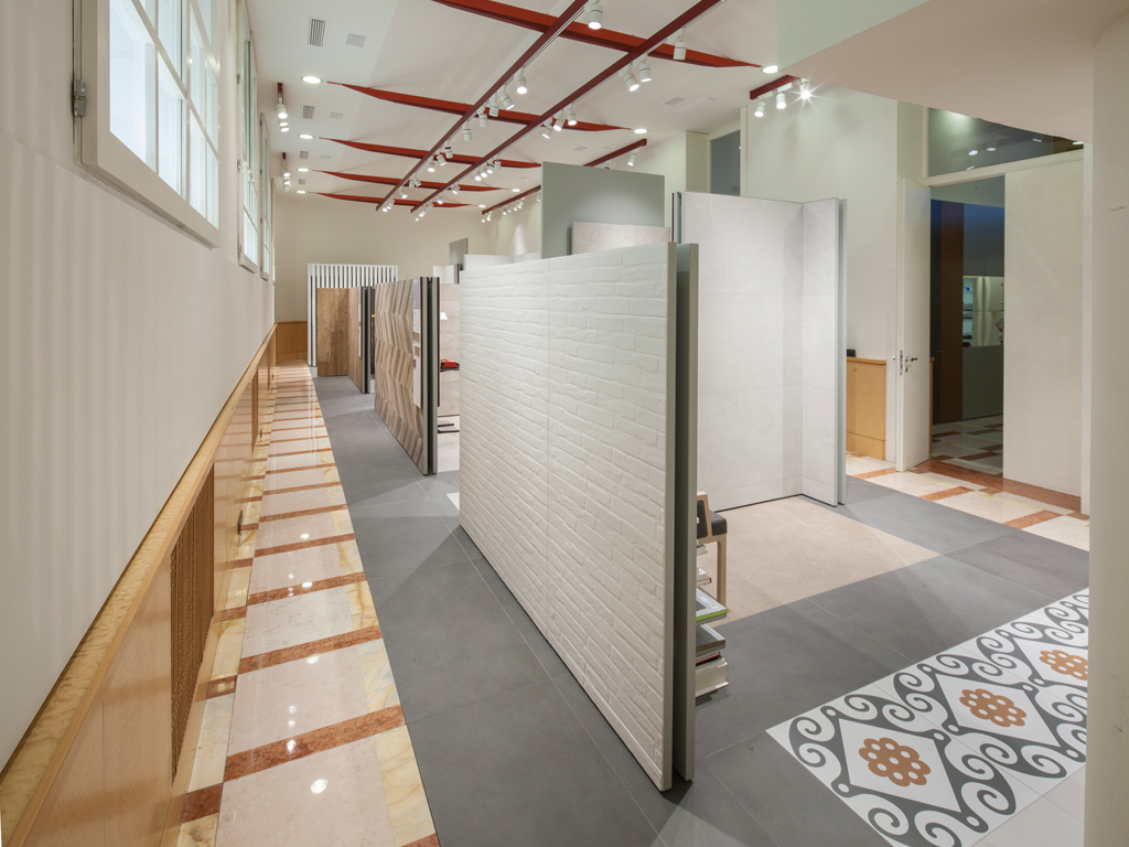 Refin studio showroom concept di piastrelle a milano